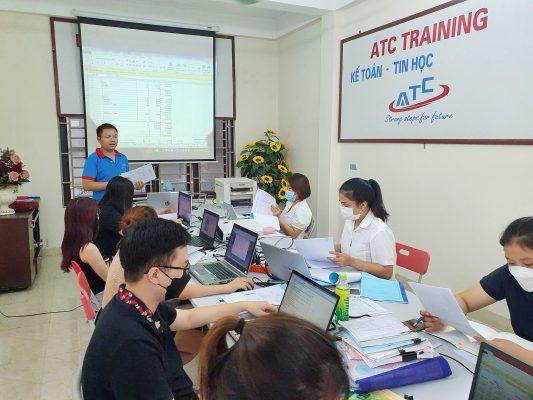 Học kế toán tốt nhất ở Thanh Hóa trung tâm kế toán ATC thường xuyên mở các khóa đào tạo tin học văn phòng, kế toán tốt nhất tại Thanh Hóa
